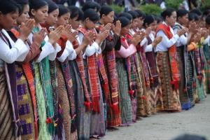 sistem kekerabatan yang ada di indonesia