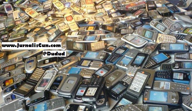 bingung dan ragu membeli handphone bekas?