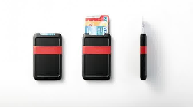 Dompet yang bisa isi daya ponsel