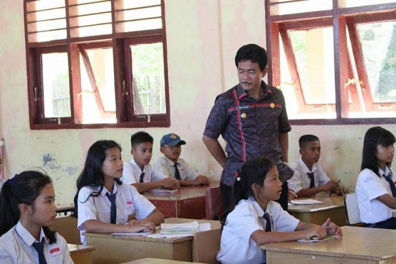 Guru yang mempunyai integritas