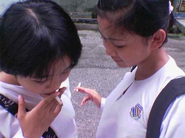 pengaruh modernisasi terhadap etika dan moral anak remaja