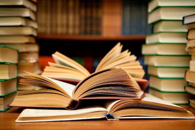 Sesuatu akan bertahan lama jika diwariskan dalam bentuk buku
