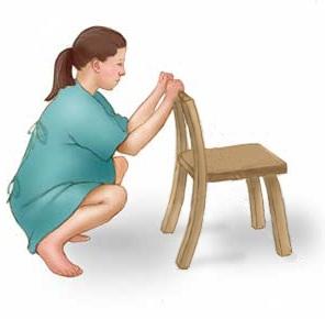 posisi jongkok mengurangi rasa sakit saat persalinan