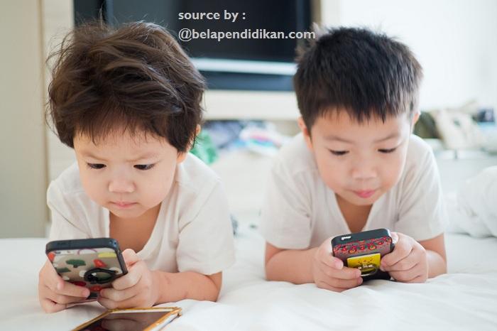 terhadap game online ayah bunda permisif atau otoriter