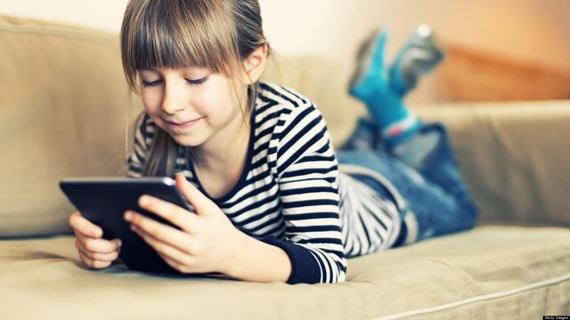 Batasi penggunaan gadget sejak dini