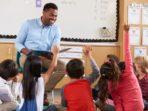 hilangnya profesionalisme guru salah siapa ?