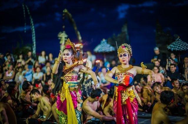 Melestarikan keberagaman budaya di indonesia
