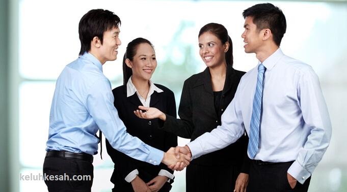 carilah asisten untuk membantu kamu menjalankan bisnis online