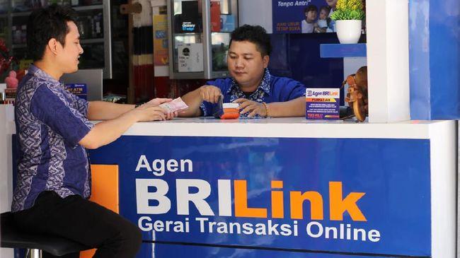 Bank BRI mengikuti program pemerintah branchless banking dengan nama brilink
